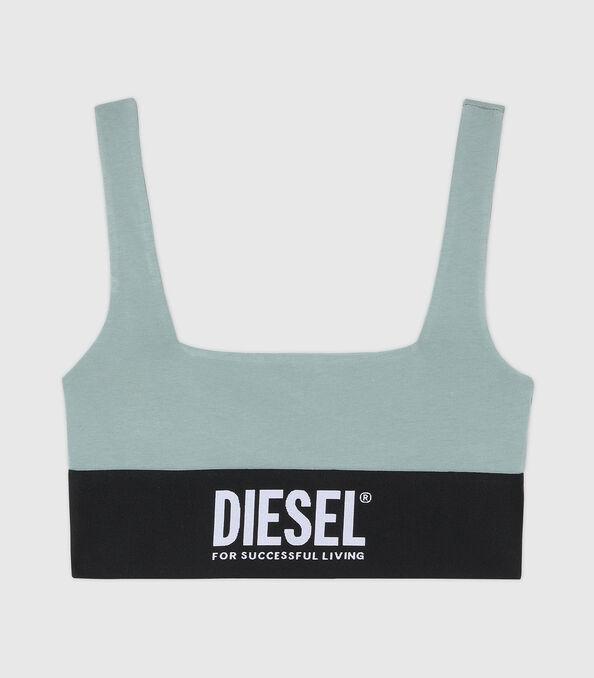 https://pt.diesel.com/dw/image/v2/BBLG_PRD/on/demandware.static/-/Sites-diesel-master-catalog/default/dw43a8fc2c/images/large/A01952_0DCAI_5BQ_O.jpg?sw=594&sh=678