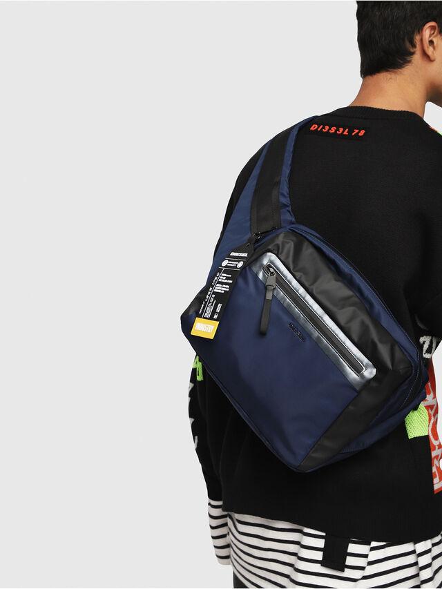 Diesel - VOLPAGO CROSSPLUS, Blue/Black - Belt bags - Image 6