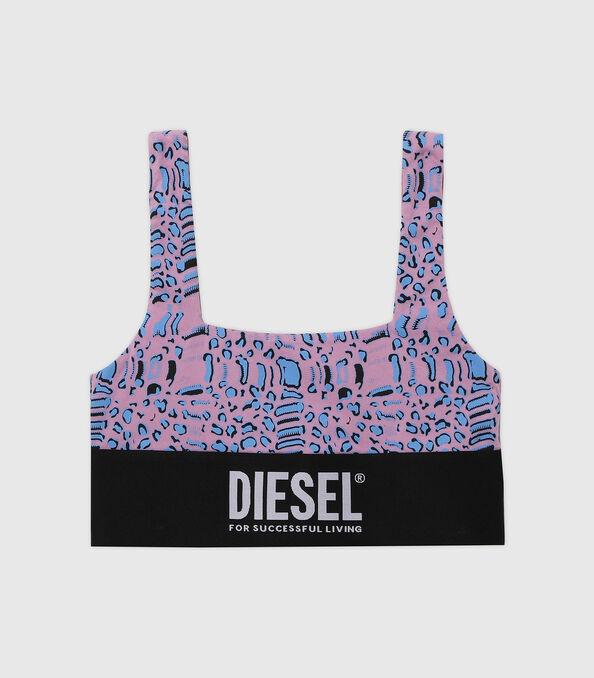 https://pt.diesel.com/dw/image/v2/BBLG_PRD/on/demandware.static/-/Sites-diesel-master-catalog/default/dw5883414e/images/large/A01952_0TBAL_E5366_O.jpg?sw=594&sh=678