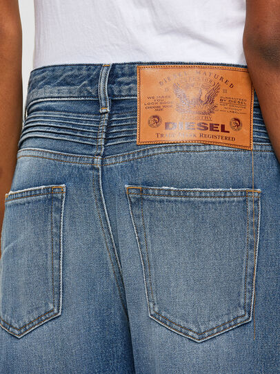 Diesel - D-Reggy 009RK, Medium blue - Jeans - Image 4