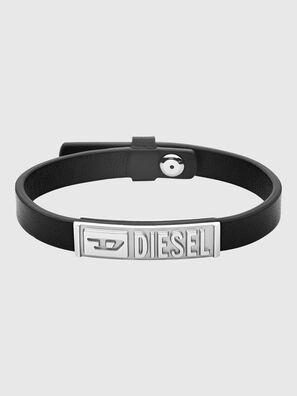 https://pt.diesel.com/dw/image/v2/BBLG_PRD/on/demandware.static/-/Sites-diesel-master-catalog/default/dw895c5118/images/large/DX1226_00DJW_01_O.jpg?sw=297&sh=396